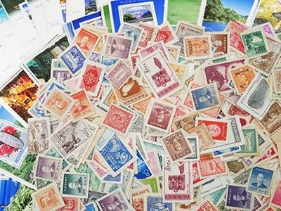 大量の海外切手